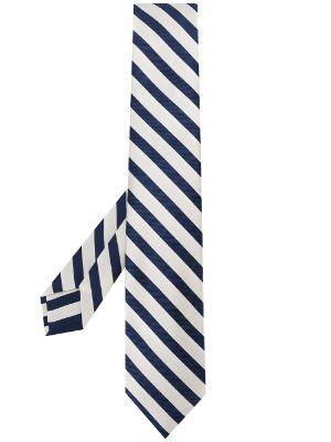 Плюсы и минусы галстука в полоску.